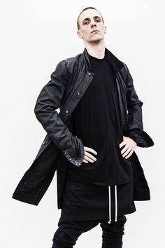 Men Fashion Show, Mens Fashion, Fashion Outfits, Dark Fashion, Gothic Fashion, Street Outfit, Street Wear, Grunge, Man Skirt