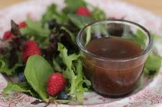 Sara Moulton: Mastering the simple vinaigrette to deliver maximum flavor Vinaigrette Dressing, Dressing Recipe, Saskatoon Berry Recipe, Homemade Dressing, Roasted Almonds, Salad Bar, Grilled Vegetables, Fresh Herbs