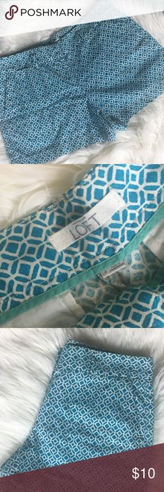 Ann Taylor Loft Teal Geometric Shorts Size 4 Thank you for shopping with Magnolias & Monograms! Please check out our other listings. If you have any questions, do not hesitate to ask. Offers are considered.   Inseam- 4 Inches Fun, summer print! LOFT Shorts
