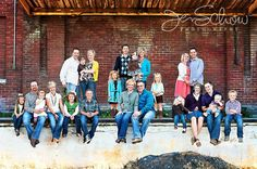 Extended family photography! Love this idea!!