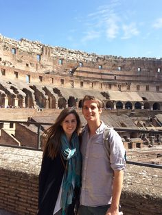 The Colosseum in Rome, Italy. Amazing and haunting place. Us Travel, Travel Tips, Questions To Ask, This Or That Questions, Travel Around The World, Around The Worlds, Rome Italy, Travel Couple, Love Birds