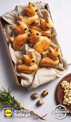 Bułeczki wielkanocne. Kuchnia Lidla - Lidl Polska. #lidl #pawel #wielkanoc