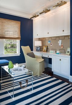 Traditional Home Office by Digs Design Company --- desk idea for family room Small Home Offices, Home Office Space, Home Office Design, Home Office Decor, House Design, Home Decor, Office Ideas, Office Spaces, Office Designs
