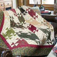 Cozy Lodge: Fat-Quarter-Friendly Twin Size Quilt Pattern