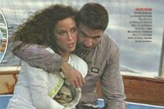 La showgirl napoletana Raffaella Fico ha deciso che si sposerà ugualmente con Gianluca Tozzi nonostante recentemente sia venuto fuori che lui è già stato sposato e che da questa storia sia nato un figlio.