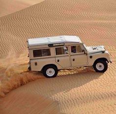 Land Rover 109 Serie III Sw Se Safari top trip adventure desert. So nice.