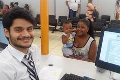 Bernardo Henrique tem apenas 11 meses , mas já foi com mãe Andreza Cristina tirar a Carteira de Identidade no Poupatempo Caieiras.