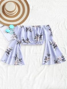 SHARE & Get it FREE | Cropped Floral Off Shoulder Top - Light Blue SFor Fashion Lovers only:80,000+ Items • New Arrivals Daily Join Zaful: Get YOUR $50 NOW!