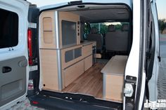 F35, Opel Vivaro Camper, Toyota Hiace Campervan, T5 Caravelle, Build A Camper Van, Van Conversion Interior, Renault Master, Campervan Interior, Van Life