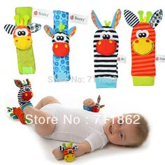 Toy Socks /& Wrist Rattles chanys Baby Gift Set Bright Colored Unisex Baby