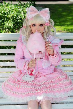イ チ ゴ 子 猫 !  lolita