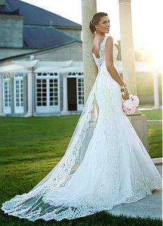 V-neck Natural Waistline A-line Wedding Dress
