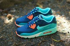 A Cold-Blooded Pair of Nike Air Max 90's For The Ladies - KicksOnFire.com