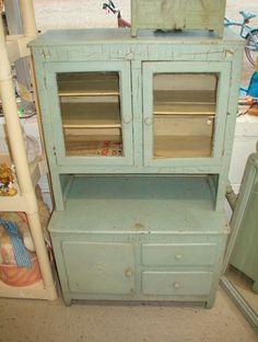 Delicieux Vintage Childrens Kitchen Wood Cabinet