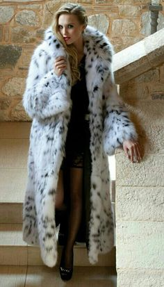 1000 Images About Women In Fur 4 On Pinterest Fur Coats