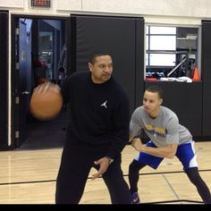 Coach on Steph.. REPPIN'