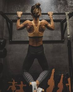 Maybe someday I can do a pull up all by myself.... #Femalefitness #FitnessInspiration