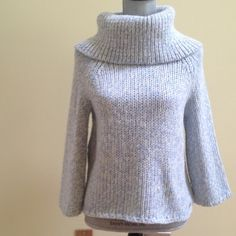 Michael kors sweater Michael Kors   sweater ,excellent condition .The sleeves are a little longer than 3/4 length ,100% thick poliester Michael Kors Sweaters Crew & Scoop Necks