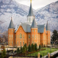 provo-city-center-temple-first-snow
