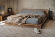 Solid wood bed frame offers many advantages to any bedroom interior design. Natural wood is the ideal material for a bed and for furniture, in general. Platform Bed Designs, Bed Platform, Modern Platform Bed, Solid Wood Platform Bed, Platform Bedroom, Bedroom Bed, Bedroom Furniture, Diy Furniture, Bed Room