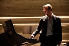 christopher-nolan-shares-thoughts-on-star-wars-the-force-awakens