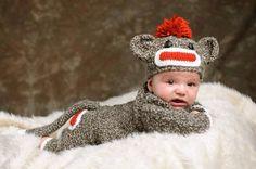 Crochet Sock Monkey Set months by creativehatsandmore on Etsy Newborn Crochet, Crochet Baby, Knit Crochet, Learn To Crochet, Crochet For Kids, Crochet Clothes, Crochet Outfits, Sock Monkey Pattern, Crochet Sock Monkeys