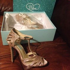 Betsy Johnson Sparkling champagne color worn once Shoes Heels