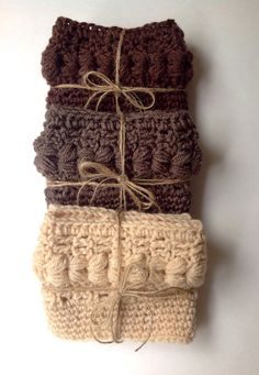 Adorable chunky crochet women's boot cuffs by GreenHorseCraft    http://www.etsy.com/listing/169610409/adorable-chunky-crochet-womens-boot?ref=cat_gallery_6