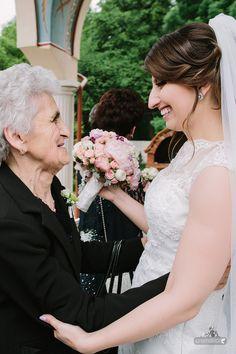 http://tarceaoana.com/ spring wedding  purple wedding la sposa ilysse