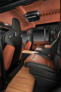 Land Rover Defender Interior Upgrade by Studio Vilner check out the floor covers Custom Car Interior, Car Interior Design, Truck Interior, Land Cruiser Interior, Defender 90, Land Rover Defender 110, Acessórios Jeep Wrangler, Jeep Rubicon, Jeep Wranglers
