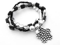 Bracelet Nabari - Noir et Métal Argenté  - Frexo - Trois bracelets, Pampille en Forme de Fleur.