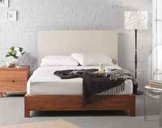 design mobel trace bed, upholstered bedhead