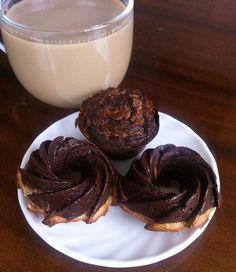 Wczorajszy wypiek, idealny do kawy ☕️ Lekkie, wilgotne fit muffinki fasolowo-serowe z nutą orzechową dzięki dodaniu masła orzechowego PB2 #zerokalorii Całej rodzince smakowało, tak więc nic tylko sie cieszyć 😬👌🍪   Miłego poniedziałku 💕💕 #secondbreakfast#breakfast#muffins#fitmuffins#dessert#fitdessert#deser#fit#fitfood#gym#gymfood#cityfit#Rzeszów#coffee#coffeetime#kawa#muffinki#chocolate#penautbutter#czekolada#diet#dieta#bodybuilding#homemade#cupcake#cleanfood#eatclean#nosugar#sugarfree