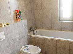 Budapest XXII. kerület Kiadó Lakás Budapest, Alcove, Bathtub, Bathroom, Standing Bath, Washroom, Bath Tub, Bath Room, Tubs