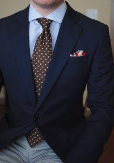 Combina estampados para darle un toque de creatividad a tu outfit. Sígueme en facebook para más tips de imagen--> @ClaudiaOrozcoE