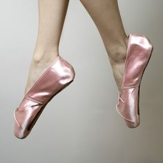 Vintage Pink Satin Capezio Duro-Toe Ballet Pointe Shoes