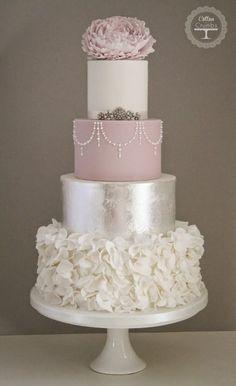 35 Trendy And Fancy Textured Wedding Cakes | Weddingomania