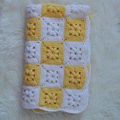 Transcendent Crochet a Solid Granny Square Ideas. Inconceivable Crochet a Solid Granny Square Ideas. Crochet Afghans, Motifs Afghans, Crochet Quilt, Crochet Blocks, Crochet Blanket Patterns, Baby Blanket Crochet, Crochet Motif, Crochet Stitches, Crochet Blankets