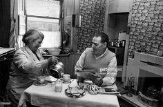 Mr and Mrs Curran sitting having tea in the kitchen of their. The Gorbals, Stockbridge Edinburgh, Senior Secondary School, Scottish People, Glasgow Scotland, Great Britain, 1960s Britain, Slums, Most Beautiful Cities