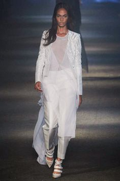 Prabal Gurung creates an ease to this this collection not seen in past. This collection is has easy pieces that can be worn different ways. I also love the subtlety of his prints and the very focused color-pallette.