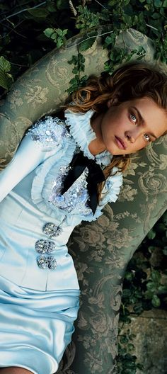 ➳ ➳ The Tea Party ♠️ {party tea, Alice may Wonder about} MaD HaTtErS RoYaL TeA PaRtY   Natalia Vodianova as Alice   cynthia reccord