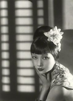 Anna May Wong, 1933, photo by Paul Tanqueray. love the hair, my daytime look!