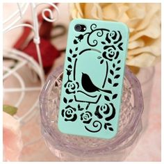 The ShenaCases Protective Bird Mesh Protective Back Case Which convenient chain makes your phone stand out from the crowd with this case.