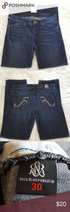 "Rock & Republic Stella Straight EUC, 98% Cotton & 2% Spandex 7.5"" Leg Opening  17"" Across Back of Waistband  9"" Rise 31"" Inseam Rock & Republic Jeans Straight Leg"