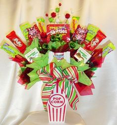 Candy Bouquet for Christmas or Birthday Party- could do something really fun with this idea