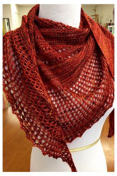 Ravelry: Antarktis shawl with Dream in Color Jilly - knitting pattern by Janina Kallio.
