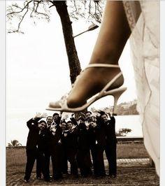 bahahahahahahaha this is HILARIOUS! wedding photography idea