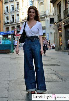 Street Style by Primeriti - Pata de elefante http://blog.primeriti.es/street-style/street-style-by-primeriti-pantalones-de-pata-de-elefante/