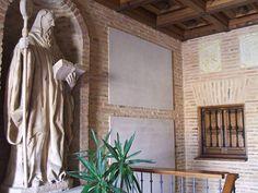 File:Sahagun - Monasterio de Santa Cruz - MM Benedictinas 04.jpg