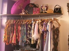Somewhere in Sydney there are vintage finds you'd sell your grandmother to own. To help you find them, check out our pick of the city's best vintage fashion stores. Retro Outfits, Vintage Outfits, Vintage Fashion, Clothes Organisation Ideas, Flora Vintage, Dilly Dally, Retro Room, My New Room, Wardrobe Rack